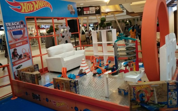Hot Wheels toy brand creates the tallest and longest track in Mumbai Mall